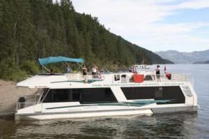 Houseboats and Fishing on Shuswap Lake